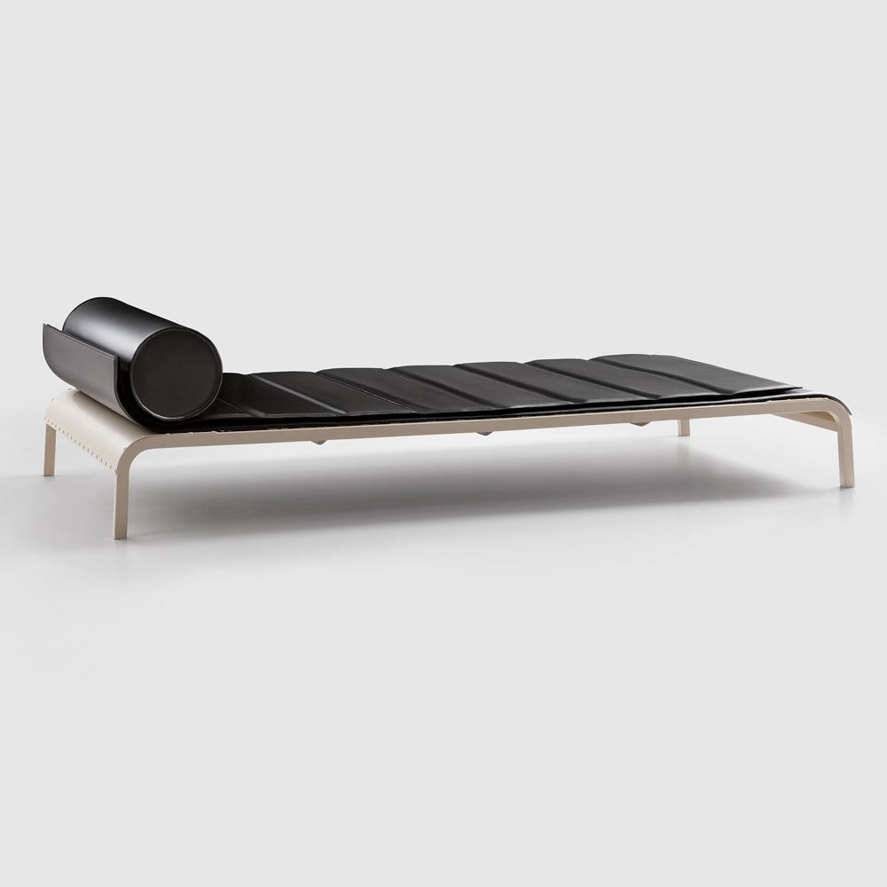 Rock Daybed
