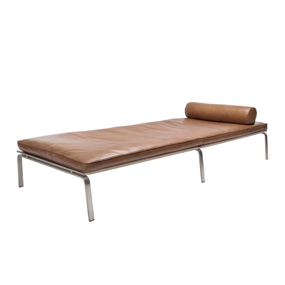 Man Daybed
